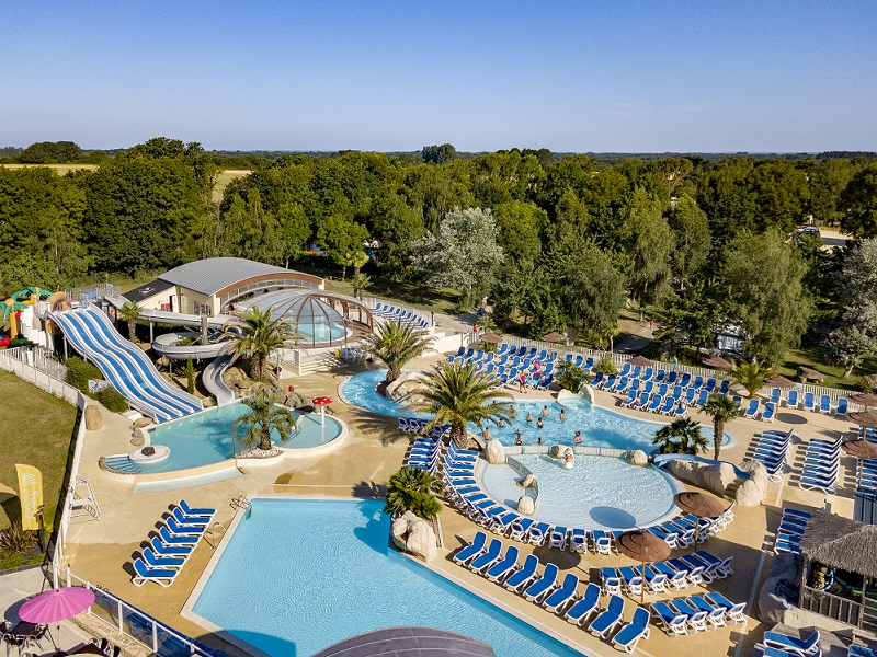 Camping Les Deux Fontaines 4*